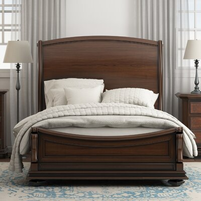 Deerfield Sleigh Bed Finish: Barrel, Size: King