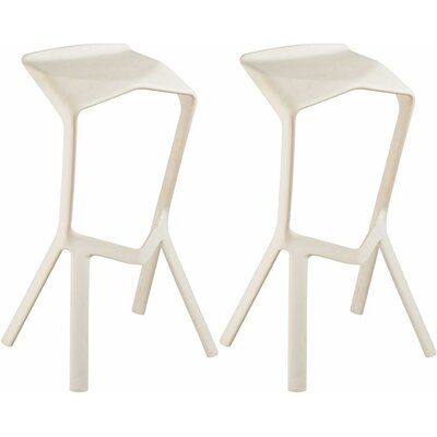 32 inch Bar Stool Finish: White