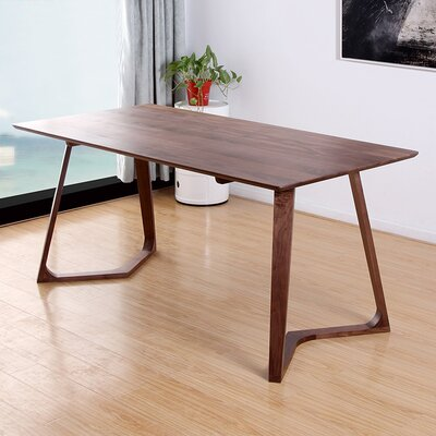 Modern V Dining Table Finish: Walnut