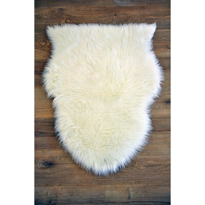 Faux Sheepskin White Area Rug Rug Size: 28 x 38