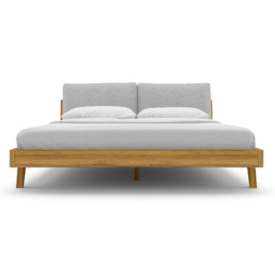 Mikkel Platform Bed Size: Queen