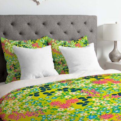 Flower Bed Duvet Cover Size: Queen