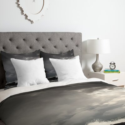 White Water Duvet Cover Set Size: Twin/Twin XL