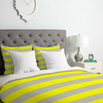 Bright Duvet Cover Set Size: Queen
