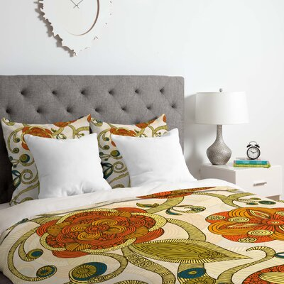 Flowers Duvet Cover Set Size: Queen