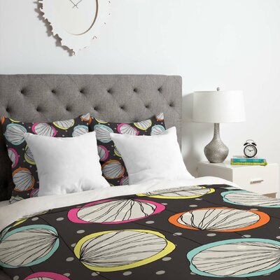 Scribble Shells Duvet Cover Set Size: King