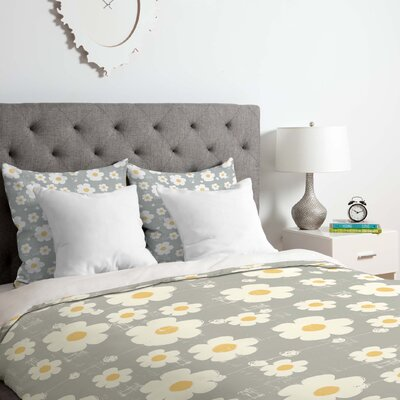 Daisy Duvet Cover Set Size: Queen