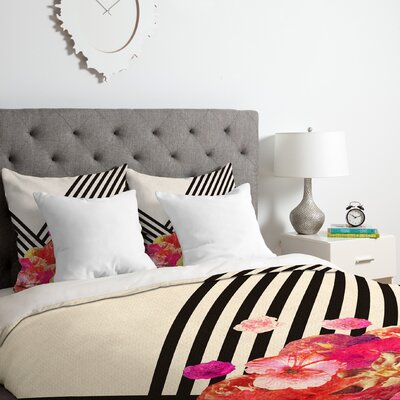 Floraline II Duvet Cover Set Size: Queen