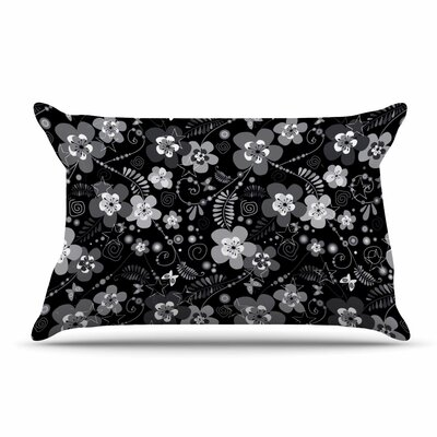 Suzanne Carter 'Diasy Daisy' Pillow Case