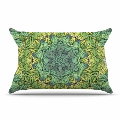 Art Love Passion Celtic Golden Flower Geometric Pillow Case Color: Green/Yellow