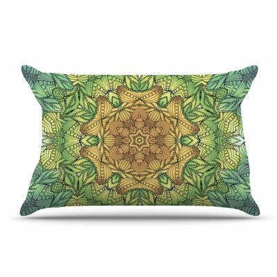 Art Love Passion Celtic Golden Flower Geometric Pillow Case Color: Gold/Green