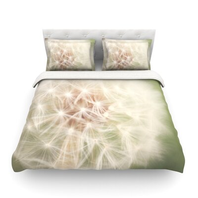 Dandelion by Catherine McDonald Featherweight Duvet Cover Size: King