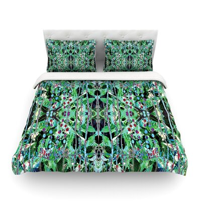 Grun Green Abstract by Danii Pollehn Featherweight Duvet Cover Size: King
