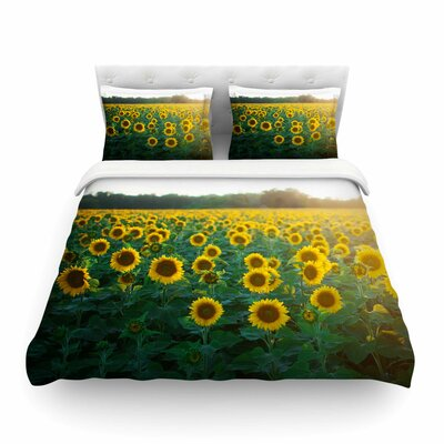 Sunflower Fields Floral Photography by Chelsea Victoria Featherweight Duvet Cover Size: Twin