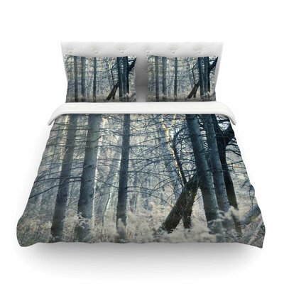 Out of the Woods Nature Photography by Chelsea Victoria Featherweight Duvet Cover Size: Full/Queen