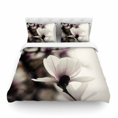 Vanilla Magnolia by Chelsea Victoria Featherweight Duvet Cover Size: Twin