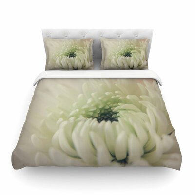 Pure Petals White Floral Featherweight Duvet Cover Size: Full/Queen