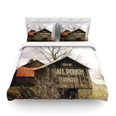 Mail Pouch Barn Wooden House by Angie Turner Featherweight Duvet Cover Size: Twin