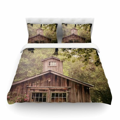 Shabby Elegance Barn Nature Photography by Angie Turner Featherweight Duvet Cover Size: King