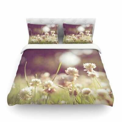 Daydream Floral Featherweight Duvet Cover Size: Twin