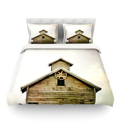 Barn Top Wooden by Angie Turner Featherweight Duvet Cover Size: Twin