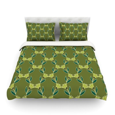 Flora Vine by Holly Helgeson Featherweight Duvet Cover Size: King