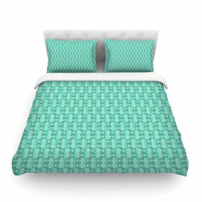 Mod Pod Pattern by Holly Helgeson Featherweight Duvet Cover Size: King