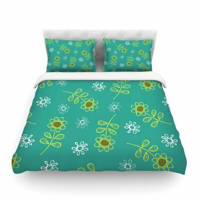 Ditsy Daisy by Holly Helgeson Featherweight Duvet Cover Size: Full/Queen