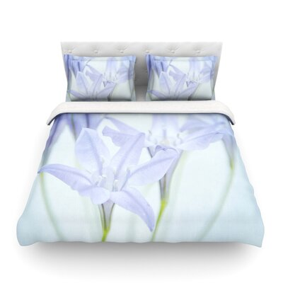 Triplet Lily Flower by Iris Lehnhardt Featherweight Duvet Cover Size: Full/Queen