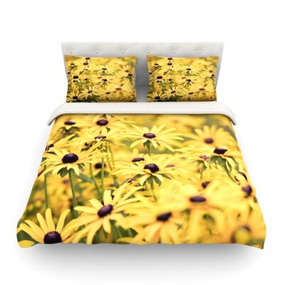 Pantone Flower Daisy by Debbra Obertanec Featherweight Duvet Cover Size: King