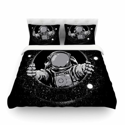 Hole Fantasy Digital by Digital Carbine Featherweight Duvet Cover Size: Full/Queen