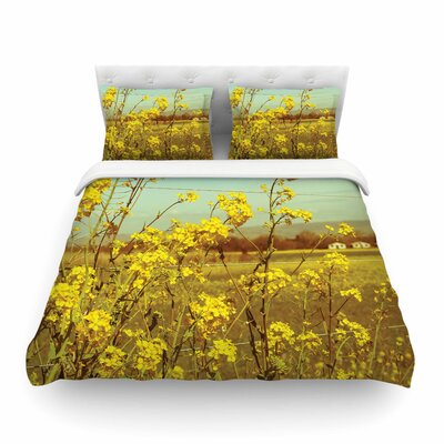 Spring Breeze Photography by  Graphic Tabby Featherweight Duvet Cover Size: King