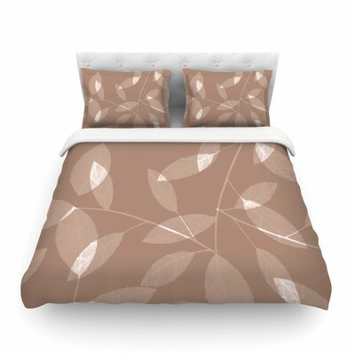 Leaf Tawny by Alison Coxon Featherweight Duvet Cover Size: Queen