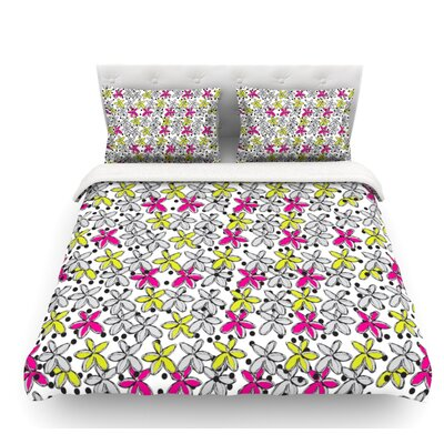 Floral Spread by Nandita Singh Featherweight Duvet Cover Size: Twin