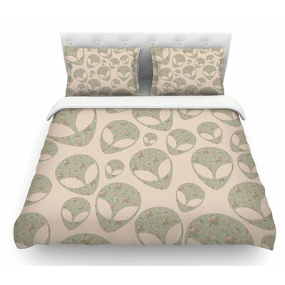 Abducting the Flowers by Alias Featherweight Duvet Cover Size: Queen