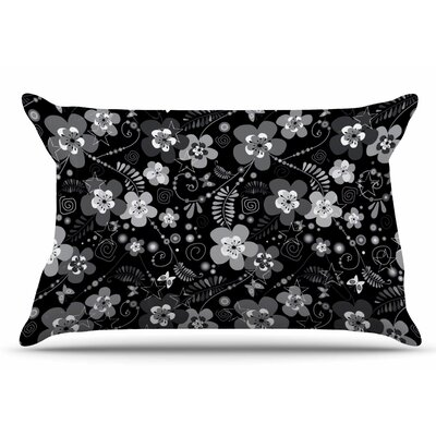 Diasy Daisy by Suzanne Carter Pillow Sham Size: King
