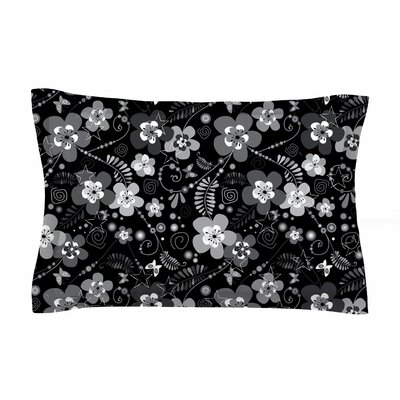 Diasy Daisy by Suzanne Carter Pillow Sham Size: Queen