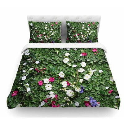 Flower Vine Wall by Susan Sanders Nature Featherweight Duvet Cover Size: Queen