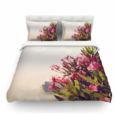 Flowers in Paradise by Sylvia Coomes Featherweight Duvet Cover Size: King