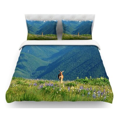 Natures Calling by Robin Dickinson Featherweight Duvet Cover Size: Queen