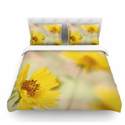Abstract Flowers by Sylvia Coomes Featherweight Duvet Cover Size: Twin