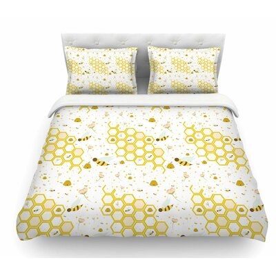 Honey Bees by Stephanie Vaeth Featherweight Duvet Cover Size: Queen