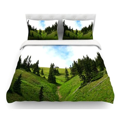 Going to the Mountains by Robin Dickinson Featherweight Duvet Cover Size: King