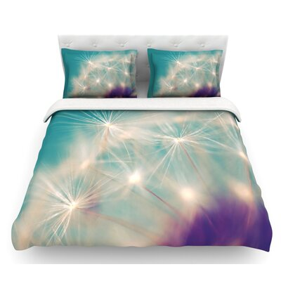 Dandelion Seedhead by Sylvia Cook Featherweight Duvet Cover Size: Queen