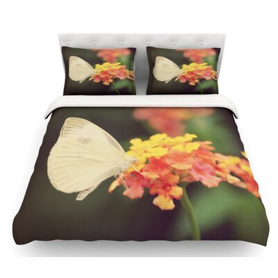 Captivating by Robin Dickinson Flower Featherweight Duvet Cover Size: Twin