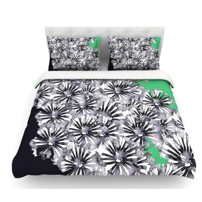 Flowers by Sonal Nathwani Featherweight Duvet Cover Size: Twin