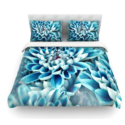Floral Paradise by Susan Sanders Flower Featherweight Duvet Cover Size: Queen