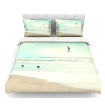 Away We Go by Sylvia Cook Beach Seagull Featherweight Duvet Cover Size: Twin