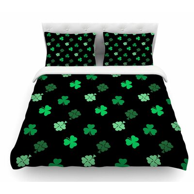 Shamrocks by NL Designs Holiday Featherweight Duvet Cover Size: Queen