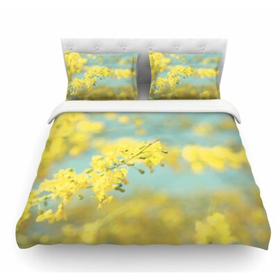 Blooms 2 by Sylvia Coomes Featherweight Duvet Cover Size: Queen